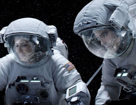 10 Terrifying Scenarios in Films Gravity 2