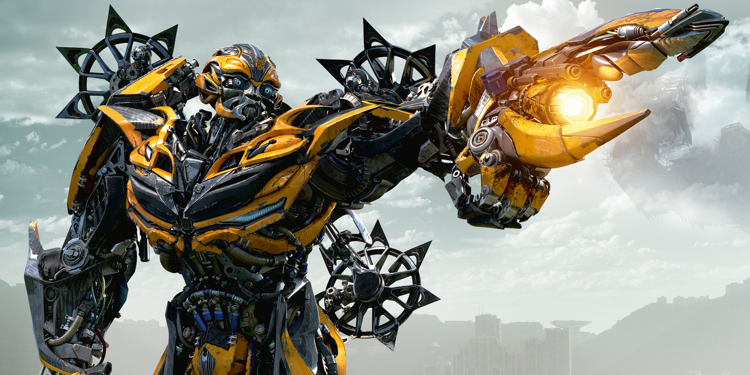 Why Is Optimus Prime Fighting Bumblebee in Transformers 5 ... Transformers