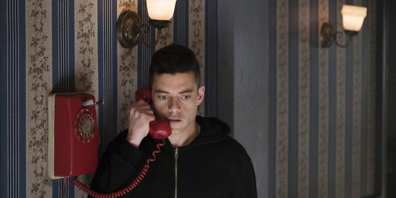 Rami Malek as Elliot Alderson in Mr. Robot season 2