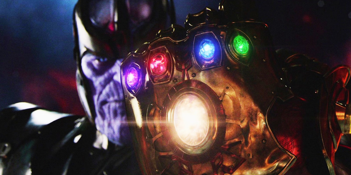 Thanos with Gauntlet in Infinity War promo