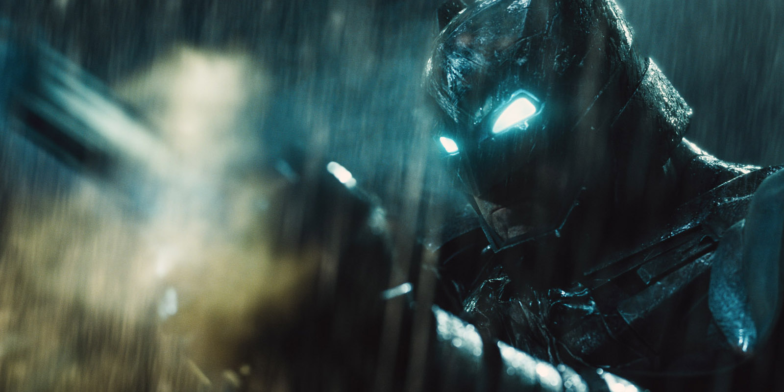 Batman V Superman: Clay Enos Confirms New Easter Egg