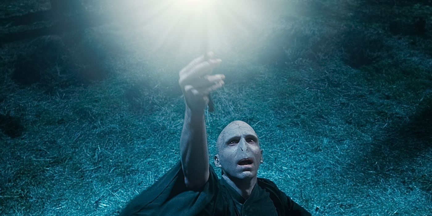 15 most powerful movie witches and wizards for Strongest wand in harry potter