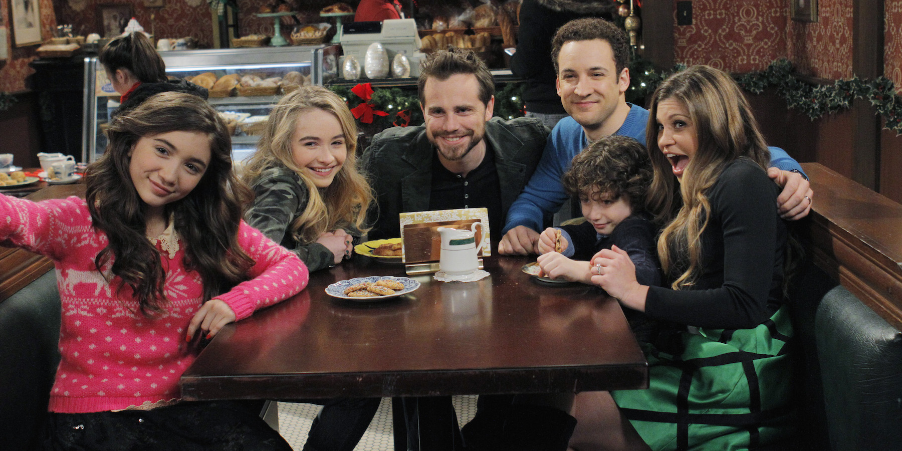 new girl meets world 2016 'girl meets world ' finale: it's time girl riley meets boy—and cory fans can tune in for four days of fun from march 26 to 29 with eight new episodes of hit.