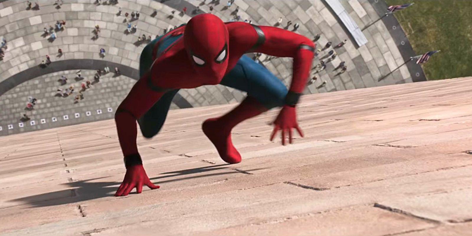 Spider-Man Homecoming - Climbing up wall