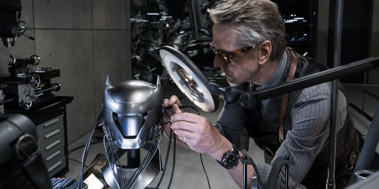 Batman V Superman - Alfred (Jeremy Irons)