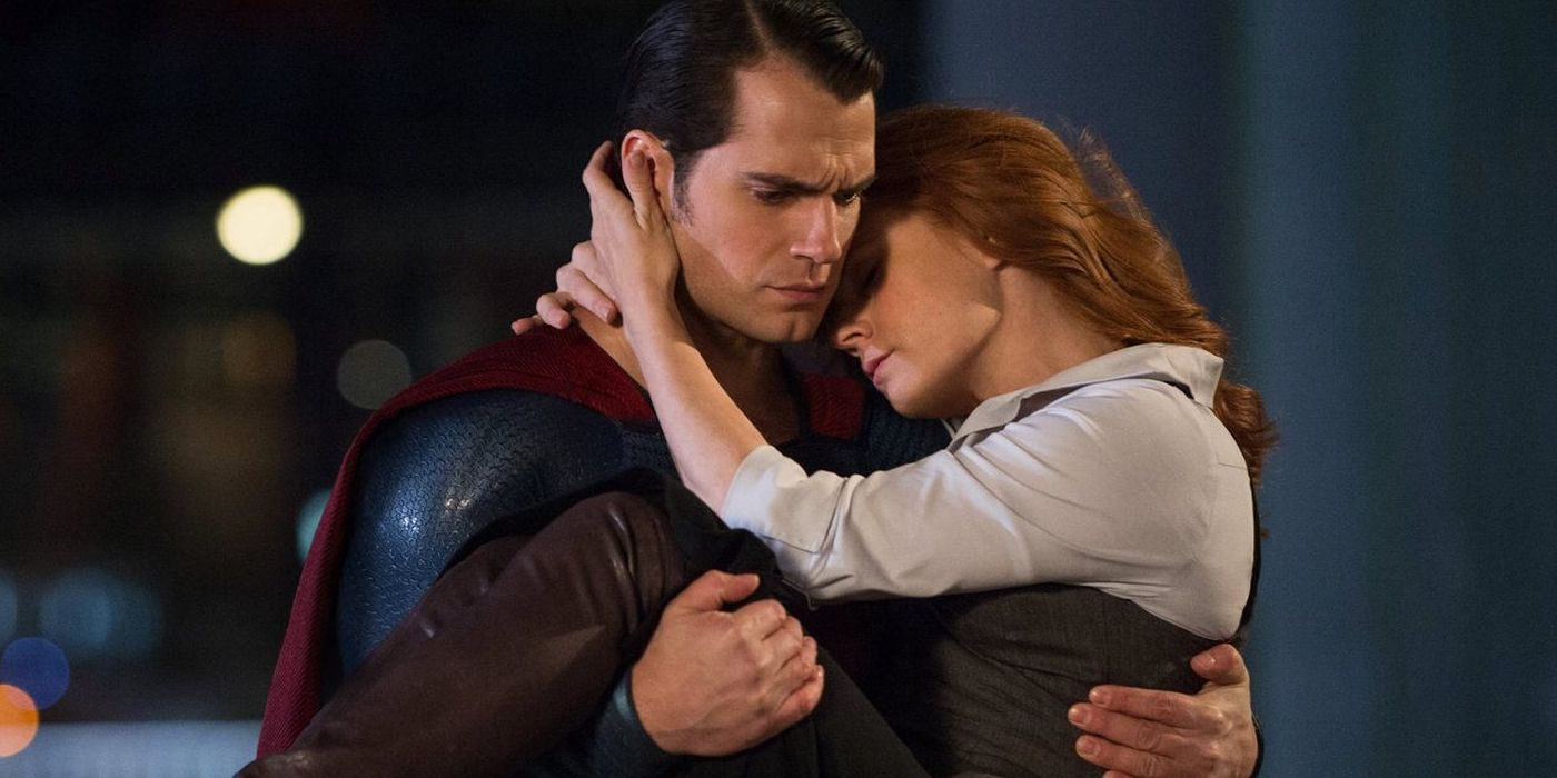 Henry Cavill as Superman Clark Kent and Amy Adams as Lois Lane in Batman V Superman Dawn Of Justice
