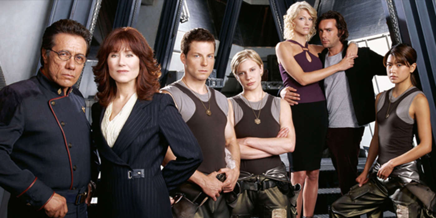 battlestar galactica essay Battlestar galactica reimagined enrica picarelli  battlestar galactica: the second coming in this essay i will refer to the 2003 version of the show as.
