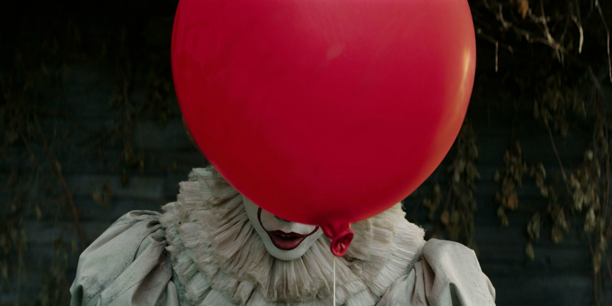IT 2017 Pennywise Balloon Image