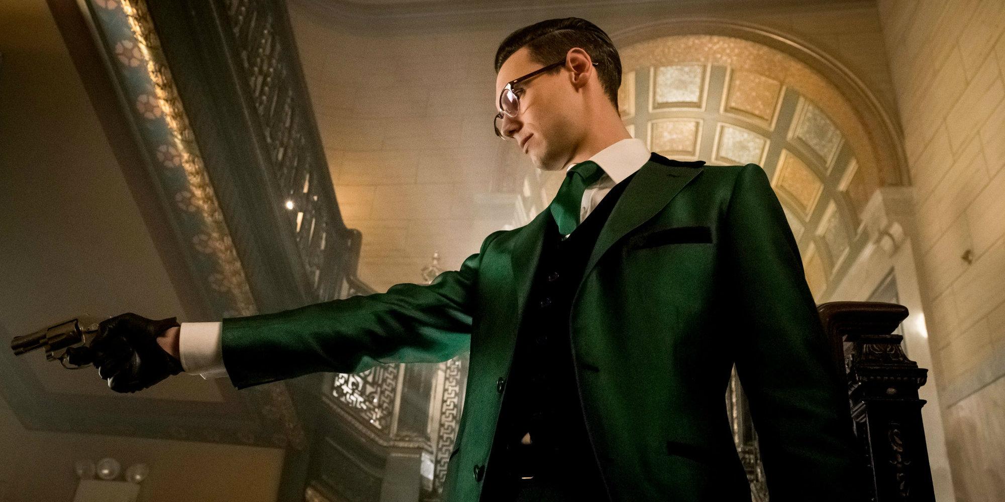 Gotham-Season-3-Riddler-Costume-Images.jpg