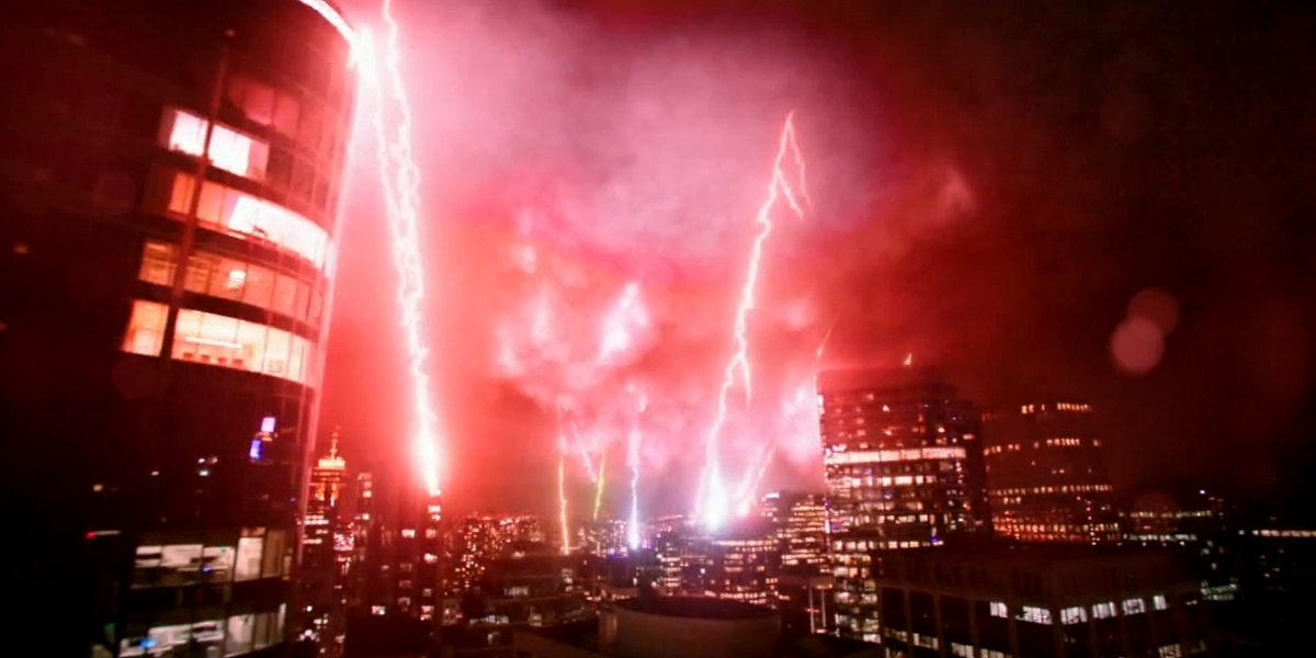 The Flash Season 3's Finale Ending Explained   ScreenRant