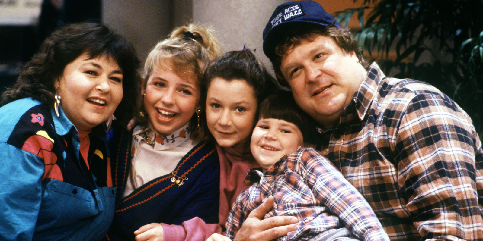 John Goodman and the cast of Roseanne
