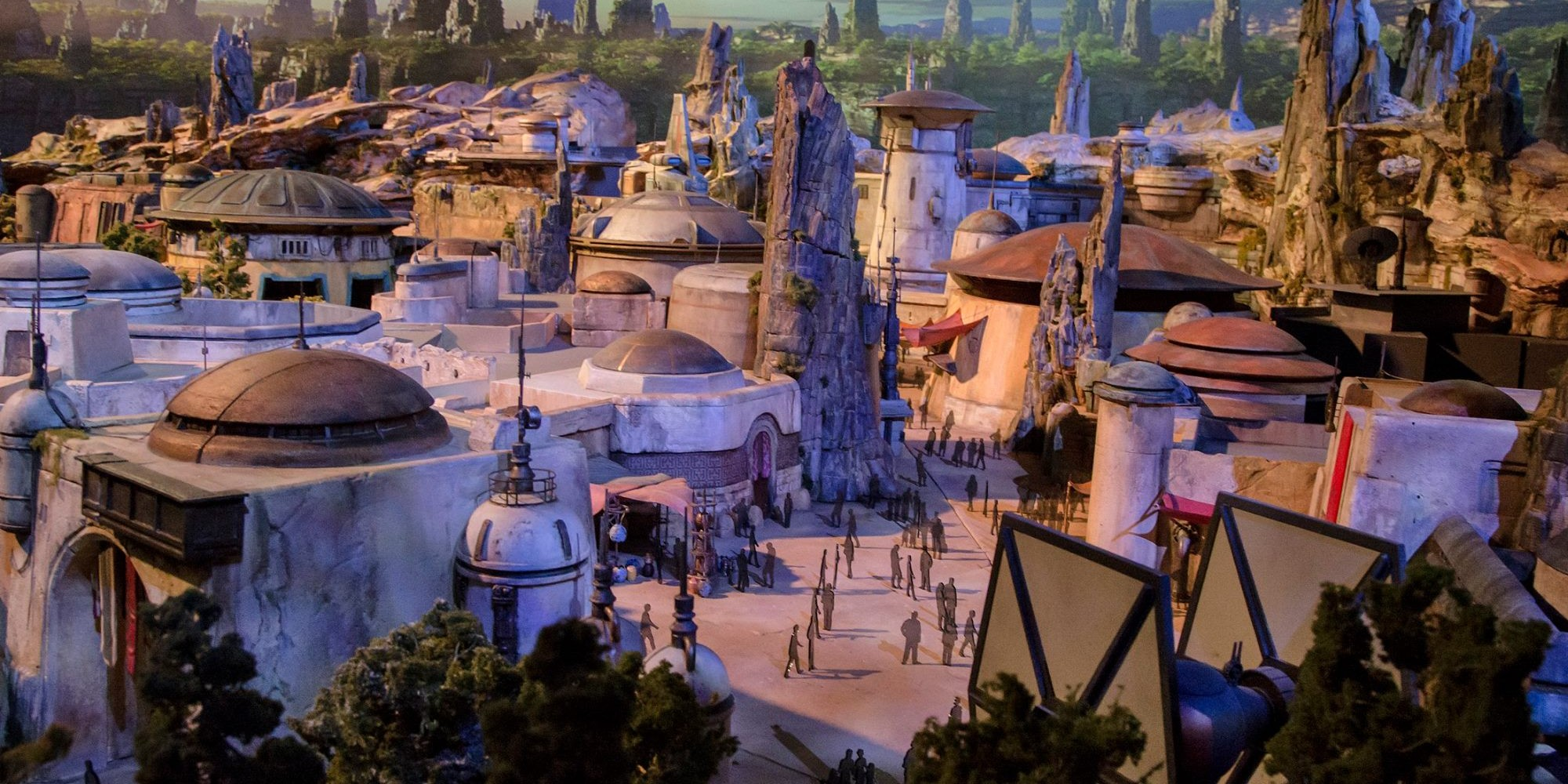 Disney Star Wars Land Galaxy's Edge