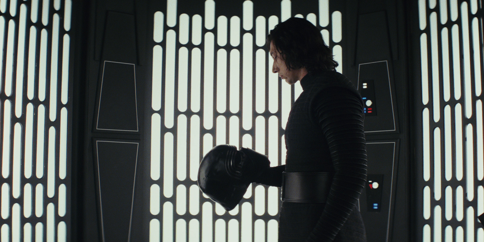 Image result for kylo ren helmet the last jedi
