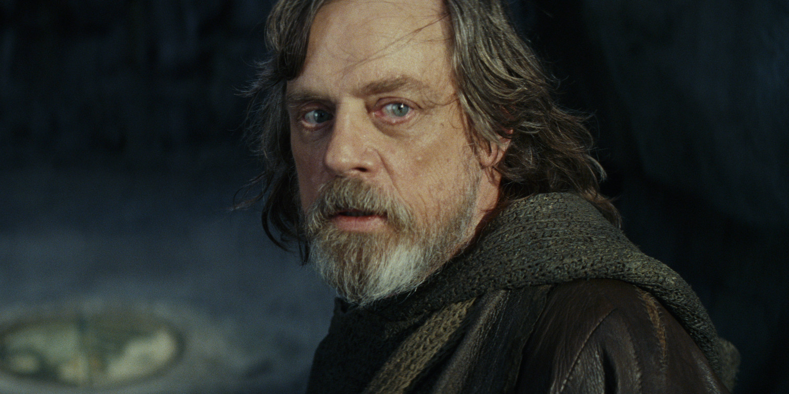 JGL Praises Last Jedi's 'Risks' With Luke Skywalker