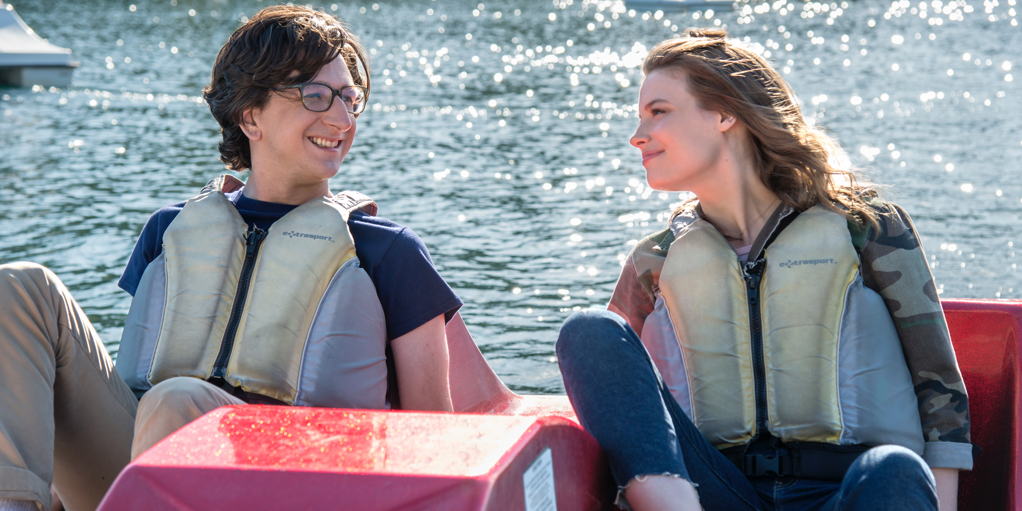 Paul Rust and Gillian Jacobs in Love