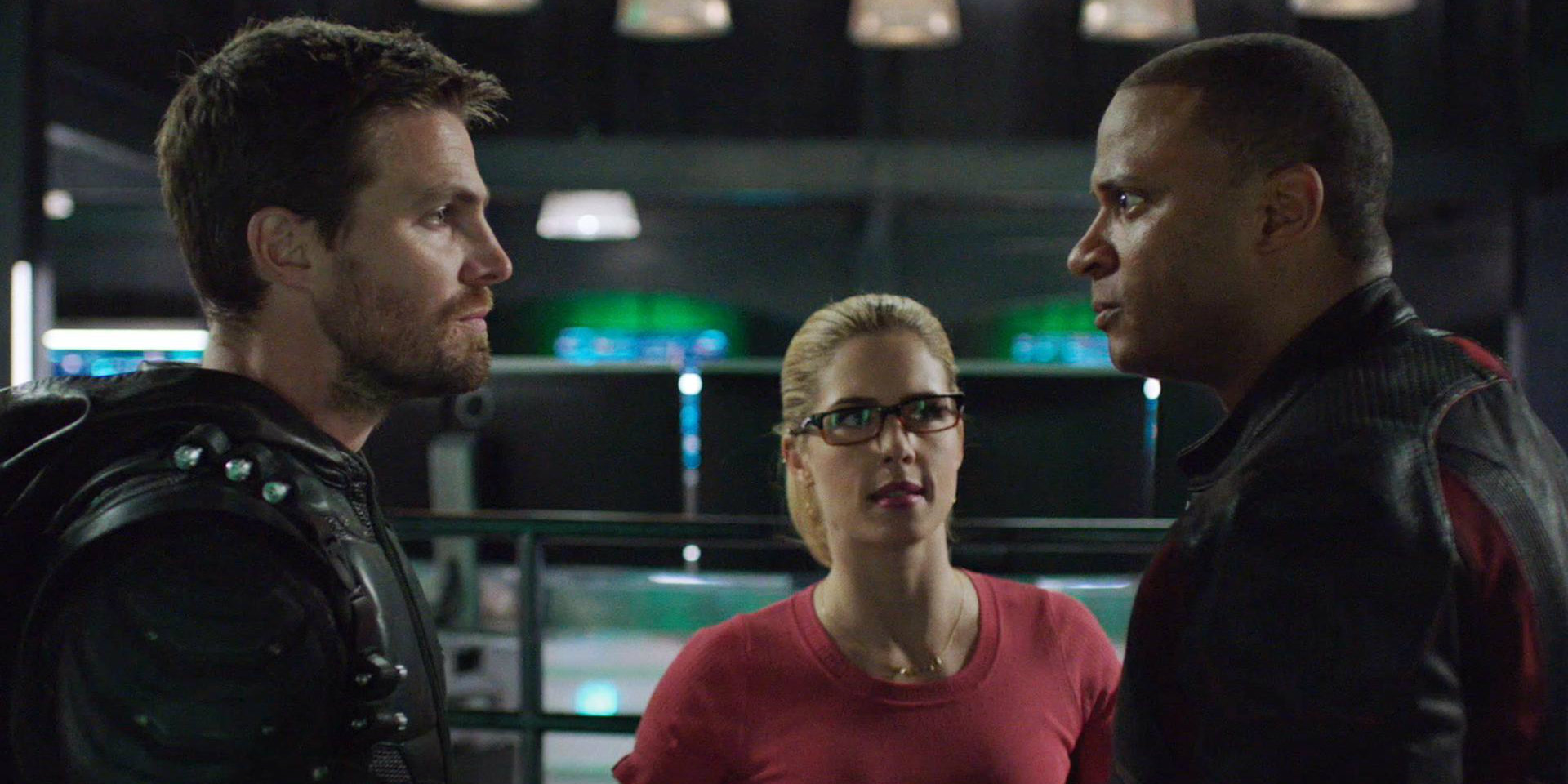 Arrow Pits Oliver Against Diggle in