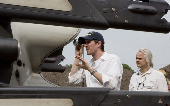 2417 D021 00044 R S CROP 570x354 Joseph Kosinski on the set of Oblivion