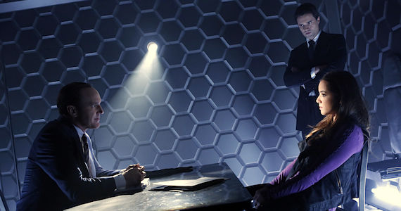 Agents of SHIELD Premiere Date Marvels Agents of SHIELD Series Premiere Review
