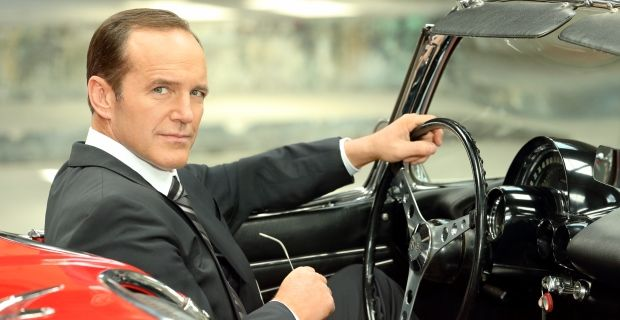 Agents of SHIELD Ratings Dropping Agents of S.H.I.E.L.D. Star Says Coulson Explanation is Worth the Wait