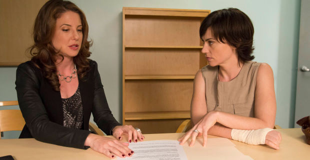 Ally Lowen and Maggie Siff in Sons of Anarchy Sweet and Vaded Sons of Anarchy: Taras Plan Enters Phase One