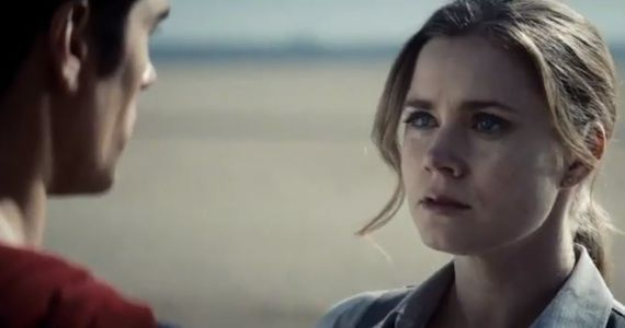 Amy Adams Lois Lane Man of Steel1 No Kryptonite in Man of Steel; Superman Lost & Angry; Powers Not Kryptonian? [Updated]
