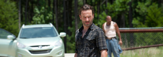 Andrew Lincoln in The Walking Dead When the Dead Come Knocking The Walking Dead Season 3, Episode 7 Review   Pleased to Meet You
