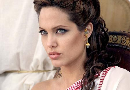 Angelina Jolie David Fincher Drops Out of Cleopatra Film Starring Angelina Jolie