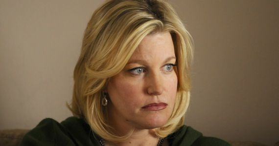 Anna Gunn as Skyler White in Breaking Bad Breaking Bad: Anna Gun Talks Series Ending & Skyler Whites Future