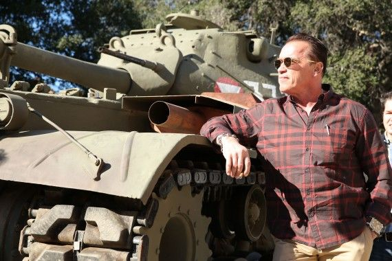 Arnold Schwarzenegger Tank Ride Interview The Last Stand 3 570x380 The Last Stand Interview: Arnold Schwarzenegger Takes Us on a Tank Ride