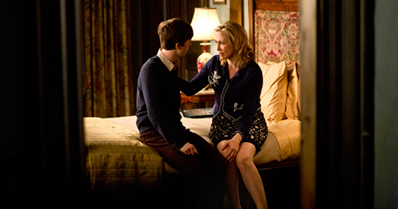Bates Motel Season 2 Story Discussion Bates Motel Gets Season 2 Renewal   What Will Happen Next?