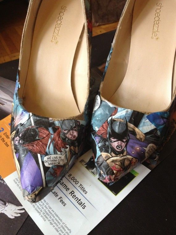 Batgirl Shoes 570x760 SR Geek Picks: Sesame Street Batman, Breaking Bad Print, Bane Memes & More!