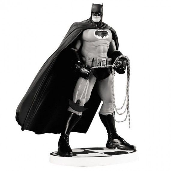 Batman Black and White by Frank Miller 2nd Edition Statue 570x570 SR Geek Picks: R.I.P. Peter Parker, Geeks Vs. Nerds, The Best Movies Of 2012 & More!