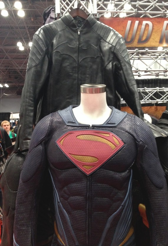 Batman vs. Superman Jackets 570x833 New York Comic Con 2013 Preview
