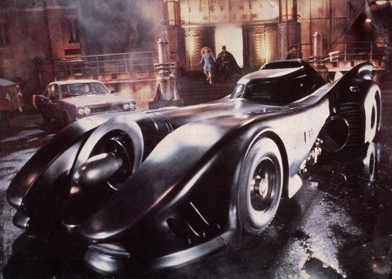 Batmobile Michael Keaton 1989 Batman 570x405 Michael Keaton 1989 Batman Batmobile