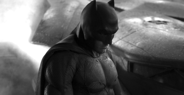 Ben Affleck Batman Costume Batman vs. Superman: Kevin Smith Confirms Affleck Costume Colors