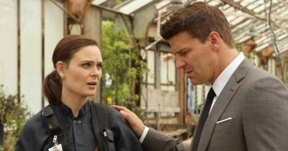Bones season8 ep9 The Ghost in the machine Booth Brennan Bones Renewed for Season 9