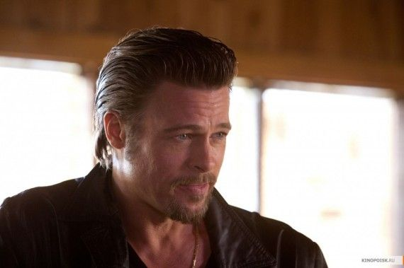 Brad Pitt as Cogan in Cogans Trade 570x379 Brad Pitt as Cogan in Cogans Trade