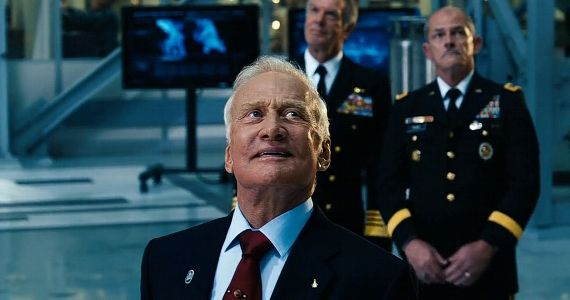 Buzz Aldrin Reviews Gravity Gravity Reactions From Scientific Icons; Clooney Wrote Key Scene in Film