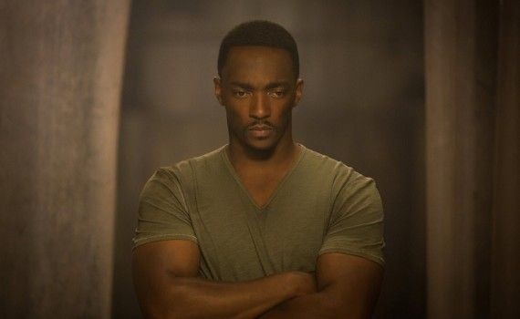 Captain America 2 Official Photo Anthony Mackie Sam Wilson 570x350 New Captain America 2 International Trailer & Photos