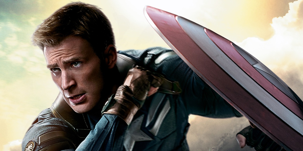 captain america star chris evans happy to extend marvel contract screen rant