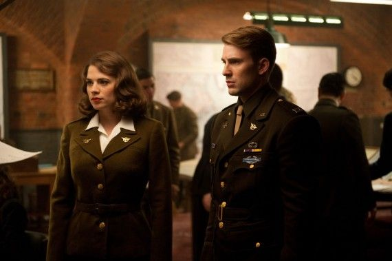 Captain America steve rogers peggy carter 570x379 Official First Look At Chris Evans As Captain America [Updated]