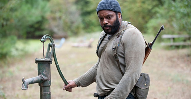 Chad L. Coleman in The Walking Dead season 4 episode 14 The Walking Dead: Dont Play With Dead Things