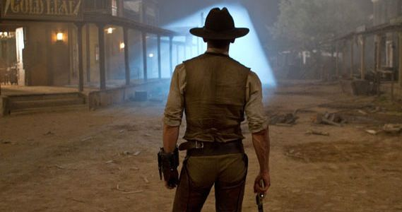 Cowboys and Aliens to premiere at 2011 Comic Con Cowboys & Aliens Trailer #3 Mixes Mystery & Explosive Action