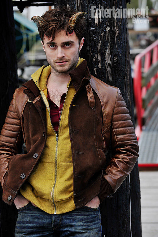 Daniel Radcliffe in Horns Daniel Radcliffe Looks Devilish in First Image from Horns