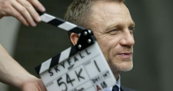 DanielCraig 'Skyfall' Interview: Cast and Crew Say Preparation is Key to Making a Quality Bond Film