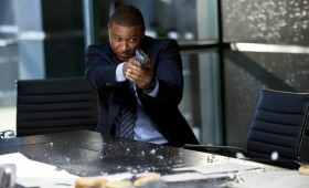 David Ramsey as Diggle in Arrow Season 2 280x170 Arrow Season 2 Premiere Images & Synopsis: Oliver vs. the Hostile Takeover