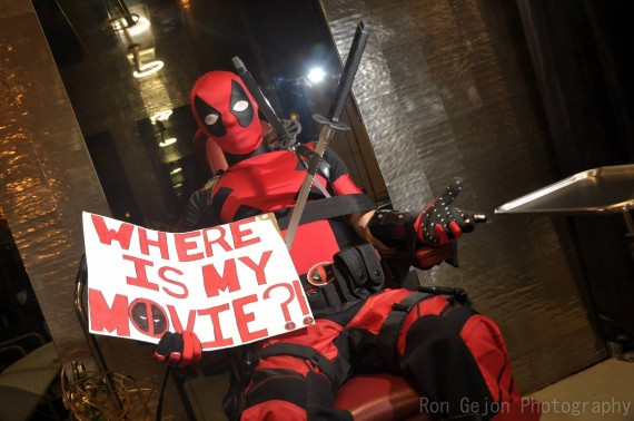 Deadpool Wheres My Movie Cosplay 570x378 SR Geek Picks: Thor 2 with Toys, Star Wars 7 Audition, Every Movie Reference in The Simpsons & More
