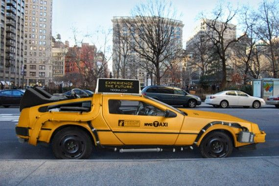 Delorean Taxi 570x380 SR Geek Picks: A DeLorean Taxi, Doctor Who Christmas Decorations & More!