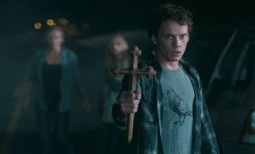 Fright Night Anton Yelchin 280x170 First Fright Night Images Emerge Online [Updated]