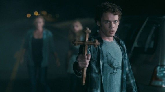 Fright Night Anton Yelchin 570x320 Fright Night Anton Yelchin